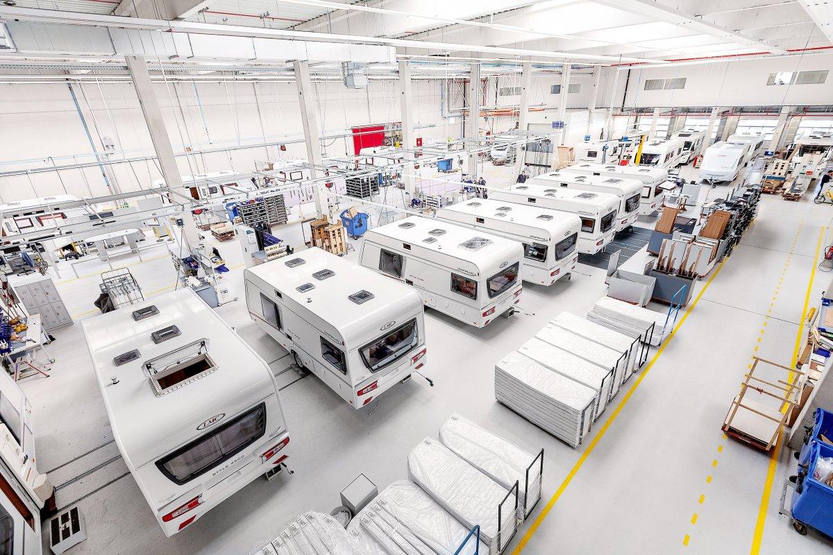Centrum TMT wyłącznym dystrybutorem camperów przyczep LMC w Polsce